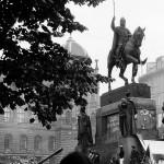1968_u-sochy-svateho-vaclava