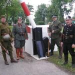 9 - Clenove KVH Kallich na bojove ukazce v Lovcicich. Na fotografii je prislusnik cs. armady, cetnictva, financni straze a statni policie